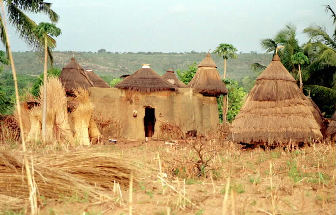 HABITATIONS TRADITIONNELLES NORD BENIN